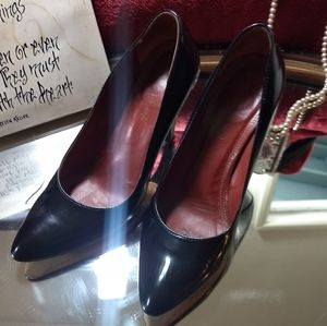 Coach black leather pumps size 6